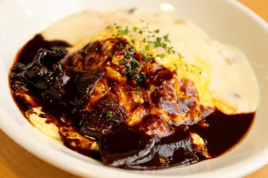 HASHED BEEF & CREAMY MUSHROOM sauce